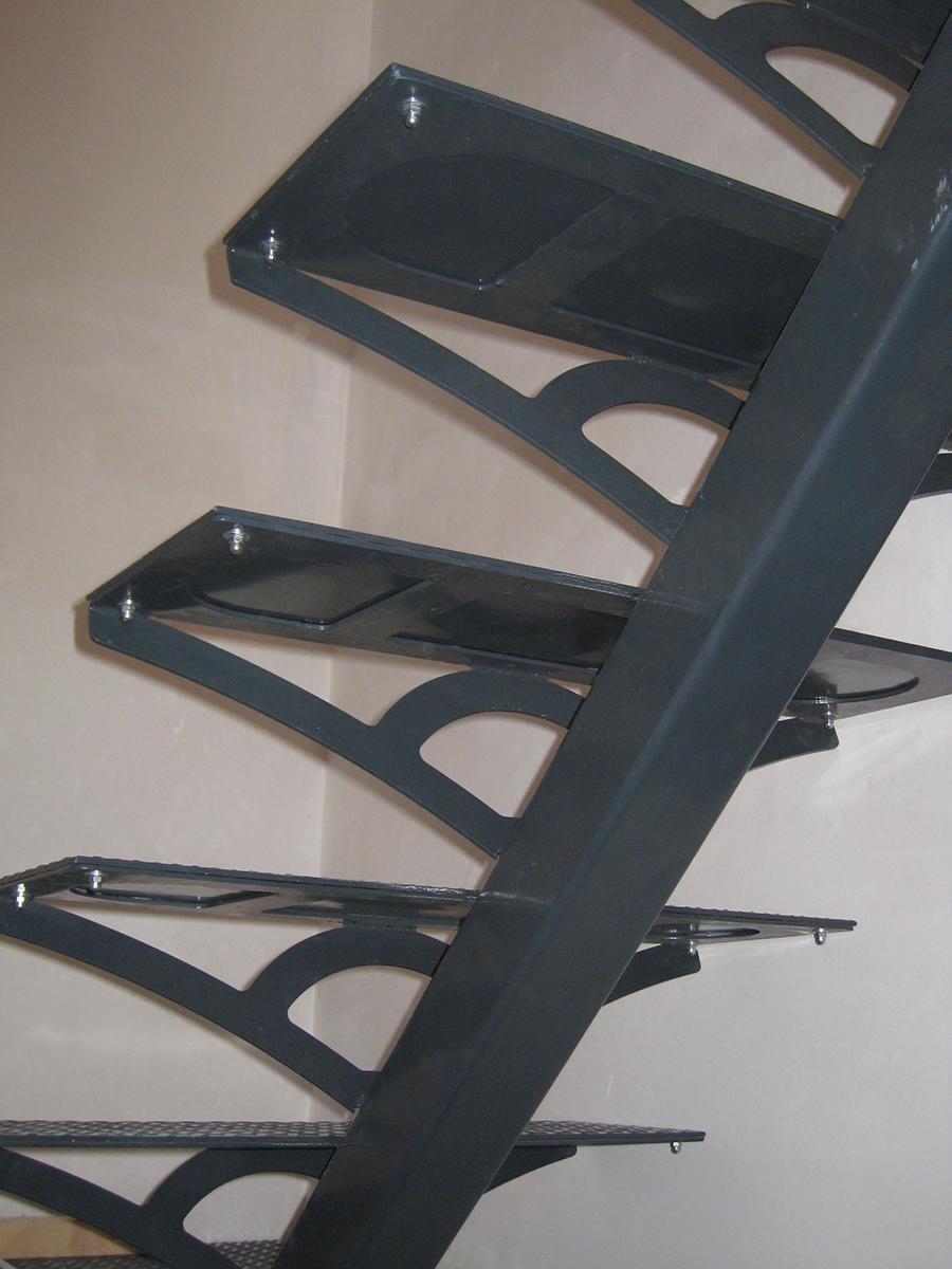 fabricants d escaliers sur mesure ateliers joiret fraiteur. Black Bedroom Furniture Sets. Home Design Ideas